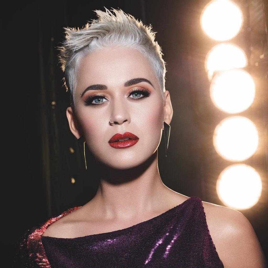 Cabelos curtos Katy Perry